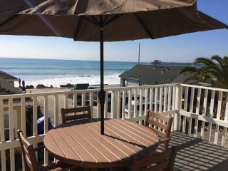 Steps to the Sand, Awesome Ocean Front - DECK !!! - Oceanside vacation rentals