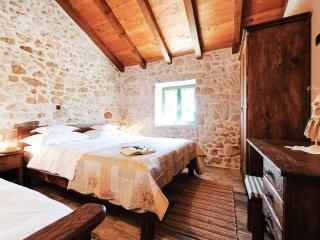 Rustic Villa Jerolim with Swimmigpool in Slivnica - Vinjerac vacation rentals