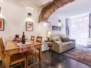 Rustic City Studio Three Arche-Alfama - Lisbon vacation rentals