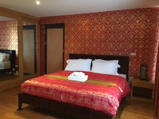 Twin Peak,studio near Night Bazzar,city view - Chiang Mai vacation rentals