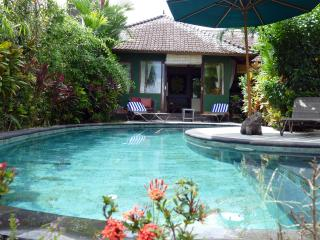 Devi's Place Ubud- 2BR great views Orchid Bungalow - Ubud vacation rentals