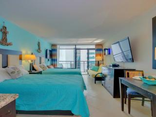 """WOW Oceanfront RESORT/60"""" TV/XBOXONE/NETFLIX/3BEDS - Myrtle Beach vacation rentals"""