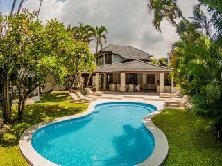 Villa Amaya 5 Bedrooms - Seminyak vacation rentals