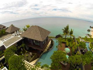 4 bedroom Villa with Waterfront in Tuban - Tuban vacation rentals