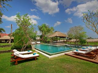 Nice 5 bedroom Villa in Umalas - Umalas vacation rentals