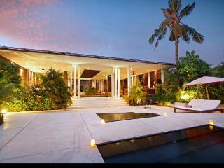 5 bedroom Villa with Internet Access in Umalas - Umalas vacation rentals
