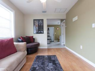 Lovely 1 bedroom Vacation Rental in West Palm Beach - West Palm Beach vacation rentals