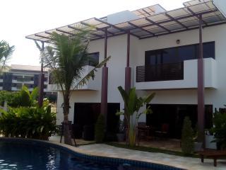 Oasis Garden and Pool Villa 3Br - Rayong vacation rentals