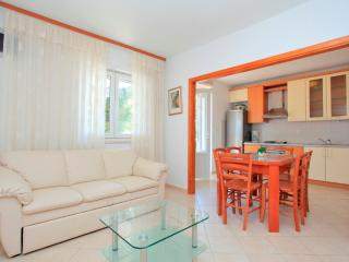 Nice Condo with Internet Access and Dishwasher - Korcula Town vacation rentals