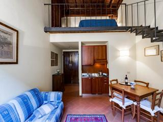 Elegant 1 Bedroom Apartment at Affresco in Florence - Florence vacation rentals