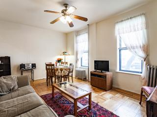 Fully furnished 1BR in charming Brooklyn nabe - Brooklyn vacation rentals