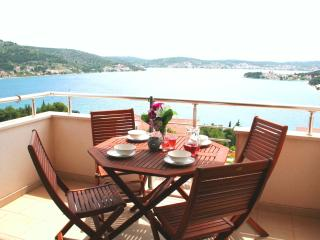 Spacious 3 bed with seaview balcony - Rogoznica vacation rentals