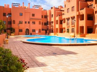 Family 50m.beach_WiFi_Pool_Aircond - Torrevieja vacation rentals