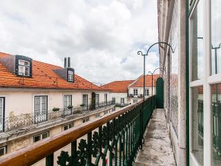 Chiado Apartments Balcony View Garrett 4B - Lisbon vacation rentals
