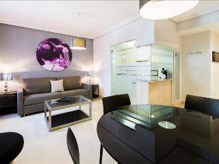 Bright and Stylish 1 bedroom apartment in Madrid center-610 - Madrid vacation rentals