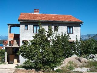 Lukaric A/2+2 - Njivice vacation rentals