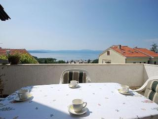 3 bedroom Apartment with Internet Access in Njivice - Njivice vacation rentals