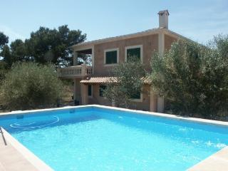 La Reina   nice countryhouse with pool - Colonia de Sant Jordi vacation rentals