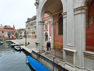 San Rocco Canal View - Venezia vacation rentals