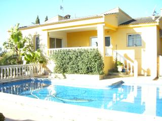 Nice House with Internet Access and A/C - Riba-roja de Turia vacation rentals