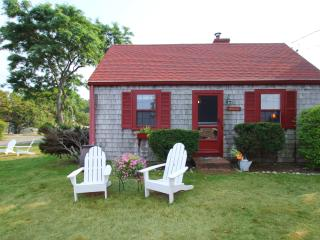 OCEANFRONT, ROCKPORT, STEPS FROM BEACH &TOWN (209) - Rockport vacation rentals