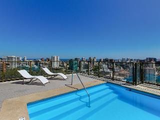 Cozy 2 bedroom Condo in Vina del Mar with Deck - Vina del Mar vacation rentals