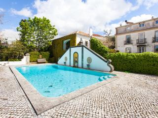 Bright House with Internet Access and Satellite Or Cable TV - Sobral de Monte Agraco vacation rentals
