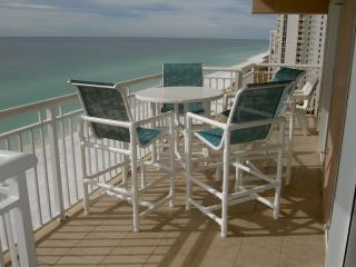 Destin Towers Condo Directly ON THE BEACH!! - Destin vacation rentals