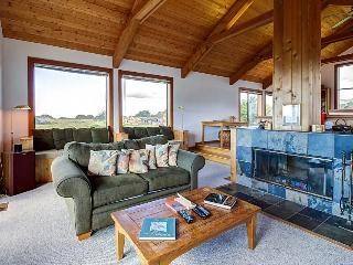 Sea Ranch home w/ separate cottage and hot tub plus shared pool - Sea Ranch vacation rentals