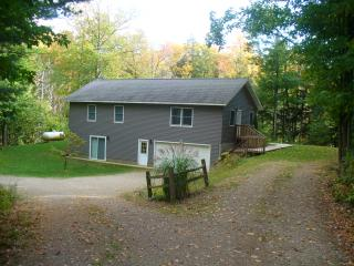 Home near Meinert Park and Flower Creek - private! - Montague vacation rentals