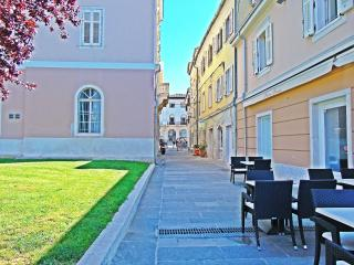 CENTER POINT APARTMENT - Pula vacation rentals