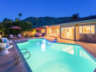 VILLA ESTRELLA Indian Canyon Palm Springs MODERN - Palm Springs vacation rentals