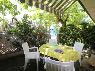 0171-POBLAT TIPIC BAJOS C - Empuriabrava vacation rentals