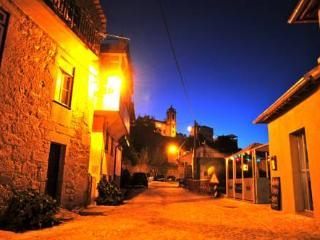 Plano5 Turismo Rural  casa do campo - Aldeia das Dez vacation rentals