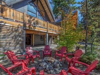 Luxury 7 Bedroom, 2 living room, 2 kitchen home - Government Camp vacation rentals