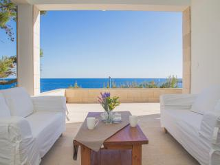 Cozy Condo with Central Heating and Washing Machine - Hvar vacation rentals