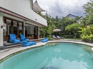 Raja Room @ Seminyak Oasis - Seminyak vacation rentals