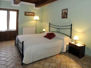 Beautiful 2 bedroom San Rocco a Pilli House with Internet Access - San Rocco a Pilli vacation rentals
