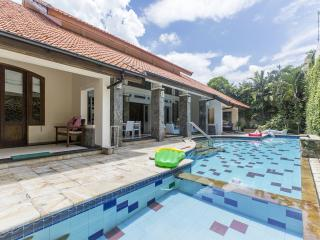 Villa Kayu Aya 1 bedroom - Seminyak vacation rentals