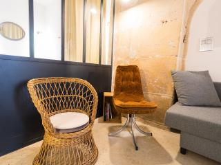 Historic district 1BD 6 people loft Beaubourg - Paris vacation rentals