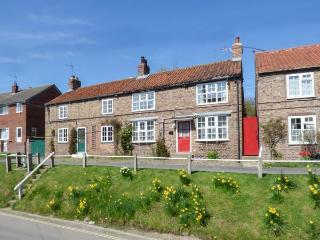 TRANQUILLITY BASE, pet friendly, character holiday cottage, with a garden in - Sheriff Hutton Near York vacation rentals