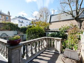 2Bed Chelsea Luxury DREAM w/garden - London vacation rentals