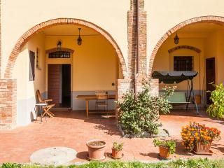 Typical Tuscan country house wi-fi Apt. DIANA - Montespertoli vacation rentals