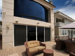 Beachfront 3 Bedroom Southern California - Huntington Beach vacation rentals