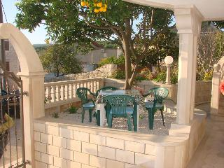 TH01523 Apartments Anita / A1 / One Bedroom - Sumartin vacation rentals