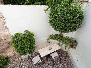 Bright 1 bedroom House in Athens - Athens vacation rentals