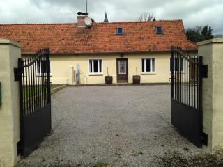 3 bedroom Farmhouse Barn with Satellite Or Cable TV in Hesdin - Hesdin vacation rentals