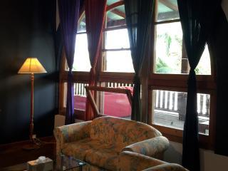 2 bedroom House with A/C in Bellingen - Bellingen vacation rentals