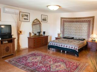Cozy 1 bedroom Statte Villa with Internet Access - Statte vacation rentals