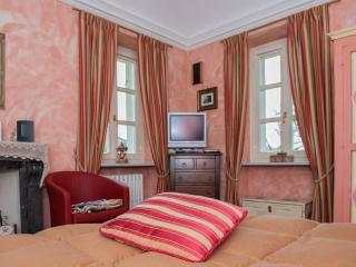 Red Room in Bed & Breakfast Villa Mirano - Piossasco vacation rentals
